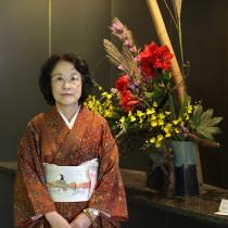 凛と咲く伝統文化を学び育てる